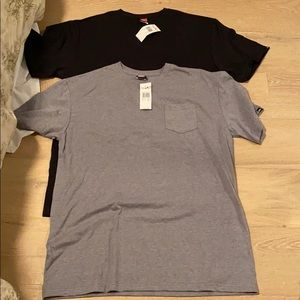 Grey and black quicksilver pocket tee's